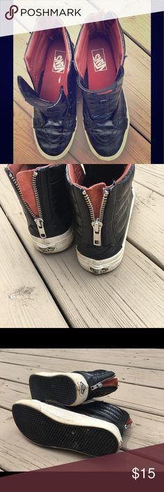 Vans leather black men's sneakers 👟 Good condition Vans Shoes Sneakers