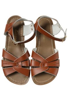Salt Water Sandals are a cult classic sandal. A perfect summery sandal match back to Oishi-m. These super cute Salt Water Sandal Original Kids Tan have adjustable buckles on both the heel and ankle. Perfect for BBQ's in the sun and also dressed up for an Brass Buckle, Salt And Water, Designing Women, Real Leather, Gladiator Sandals, Footwear, How To Wear, Shoes, Cheap Fashion