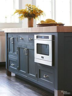 As upper cabinets disappear and walls open up, appliances and storage have shifted underneath counters. This trend favors universal design principles and keeps small appliances accessible. New microwave models, including microwave drawers, load from the top for added convenience.