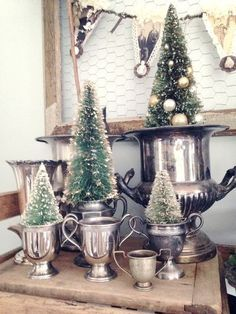 "holiday home tour 2013 ~ Love the idea of making a family ""banner"" with photos so it feels like the whole family is home for christmas.Love the idea of making a family ""banner"" with photos so it feels like the whole family is home for christmas. Noel Christmas, Country Christmas, White Christmas, Vintage Christmas, Christmas Crafts, Christmas Tree In Urn, French Christmas Decor, Xmas, Christmas Photos"