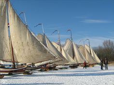 IJszeilers/ice sailing near Monnickendam Foto van Marjan Boer Amsterdam, Sail Away, Live In The Now, Tall Ships, Delft, Countries Of The World, Old Town, Netherlands, Dutch