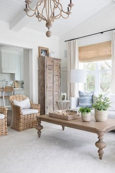 Home Decor Kitchen, Home Decor Bedroom, Home Living Room, Living Room Designs, Living Room Decor, Living Spaces, Luxury Interior, Interior Design, Garage Door Design