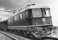 Re 6/6 11601 (Foto: SBB) Swiss Railways, Electric Locomotive, Europe, Vehicles, Photos, Swiss Guard, Model Train, Rolling Stock, Photo Illustration
