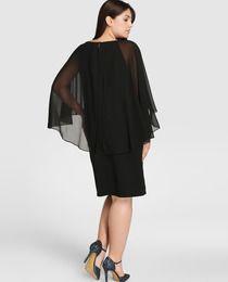 Vestido de mujer talla grande Couchel en color negro con pedrería en cuello ·… …