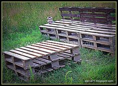 Amazing Garden Pallet Table & Bench  #garden #palletbench #palletchair #palletlounge #recyclingwoodpallets I did a table and bench from repurposed pallets. I paint them (brown color). Now I am going to make pillows. Thank You - You were my inspirations. Rig...