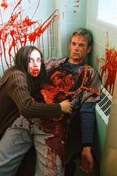 Just one of my favourite movies watched it time and time again. To be fair I love the whole trilogy but the first is the best - Chris Ginger Snaps Movie, Katharine Isabelle, Best Horrors, Horror Films, Cultura Pop, Scary Movies, Werewolf, Movie Tv, Hollywood