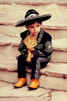 Mexican boy in Charro/Mariachi outfit -- Mariachi is a musical genre that developed out of Central-Western Mexico. Precious Children, Beautiful Children, Beautiful People, Mexican Art, Mexican Style, We Are The World, People Of The World, Mexican Heritage, Photo Portrait