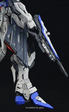 Gundam Wallpapers, Suit Of Armor, Robot Design, Gundam Model, Mobile Suit, Unicorn, Freedom, Wings, Comics