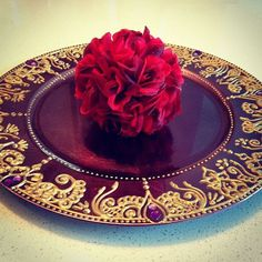 Purple+Gold Mehndi Plate/Henna Plate on Etsy, only $25 #indianwedding #pakistaniwedding