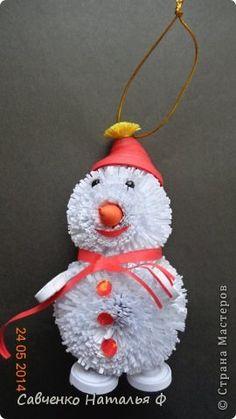 Поделка изделие Новый год Квиллинг Снеговик для Племянника Бумажные полосы фото 1