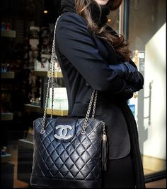 Love this vintage Chanel quilted bag!! Timeless, classic Wholesale Designer  Handbags, Replica 69e473a2dd24