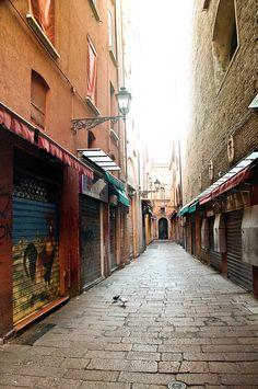 Deserted Sunday Morning Streets by @just_jeanette, via Flickr