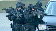 Terrorbekämpfung: Präsentation der neuen Anti-Terror-Einheit der Polizei, BFEplus, in Ahrensfelde