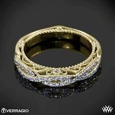 Feast your eyes upon the beauty! This stunningly unique wedding ring is fit for royalty. #weddingring #weddingideas #weddinginspiration #ruralweddings #devonweddingvenue #2016weddings