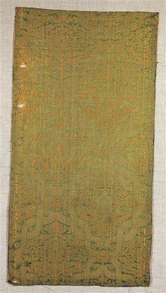 Late 1500's Spanish?: green-gold silk damask