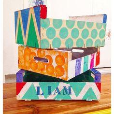 Obstkiste zur Dekoration bunt anmalen als Spielzeugkiste *** Wooden Fruit Crate Deco