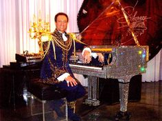 Wes Winters, Liberace-style entertainer, at the Liberace Museum.