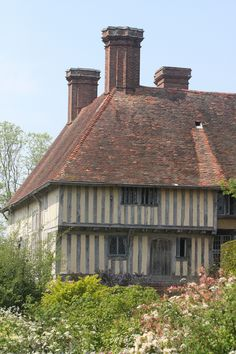 english country house | Great Dixter Garden. Bc.