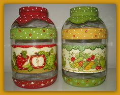 Wine Bottle Crafts, Jar Crafts, Bottle Art, Diy And Crafts, Glass Jars With Lids, Bottles And Jars, Jar Lids, Painted Milk Cans, Painted Jars