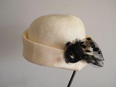 Straw summer hat for women - Downton Abbey cloche hat -  vintage style 20's handmade dress hat