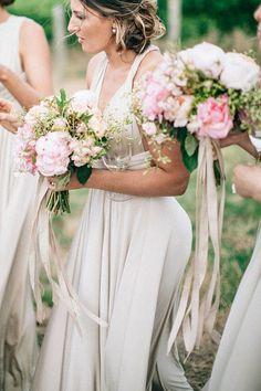 champagne bridesmaids' dresses / http://www.himisspuff.com/ribbon-wedding-ideas/12/