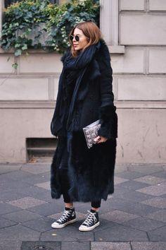 Coat: Dimitri . Silk Scarf: Vyvyn Hill By Maja . Pants: Gestuz . Shoes: Converse . Bag:Dorothee Schumacher