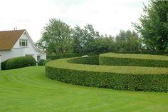 Green Curves: Designed by Belgian firm Andy Malengier Landschapsarchitecten.