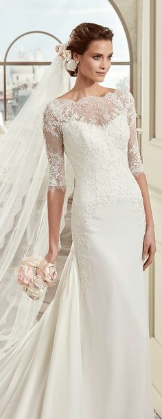 Colet ivory soft line dress, in chiffon with rebrodè beading lace and chantilly lace. Colet 2017 Collection