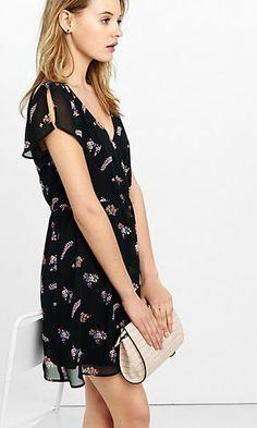 floral print deep v-neck soft chiffon dress