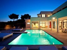Villa Rental in Ibiza. Here you can find a selection of our villas available to rent in Ibiza. Places To Rent, Mansions Homes, Luxury Holidays, Mediterranean Style, Architect Design, Luxury Homes, Swimming Pools, Real Estate, Architecture