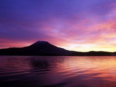 Lake Akan of the morning glow. Looking for more information aboout Hokkaido? Go Visit Eastern Hokkaido official website. http://www.easthokkaido.com/