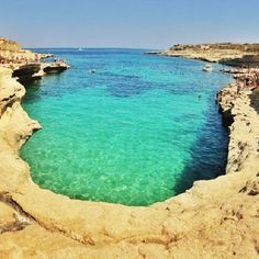 Kalanka bay near St Peters Pool. Another hidden Maltese secret beauty. We'll be there at some point tomorrow amigos.