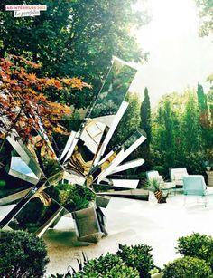 Outdoor Lifestyle sculpture