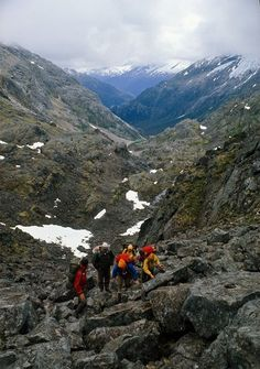 scrambling under the pass Gold Rush, Alaska, Mount Everest, Trail, Hiking, Spaces, Mountains, Usa, Board