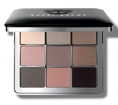 Bobbi may be preparing to leave us but her brand's legacy continues on with new launches like this Bobbi Brown Luxe Nudes Eye Palette for Spring 2017. This new, limited edition Spring eyeshadow palette features nine eyeshadows in a variety of finishes. Although, I must say a lot of these appear to be ones I […] The post Bobbi Brown Luxe Nudes Eye Palette for Spring 2017 appeared first on Musings of a Muse. :: Beauty