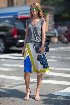 Gris y falda con print