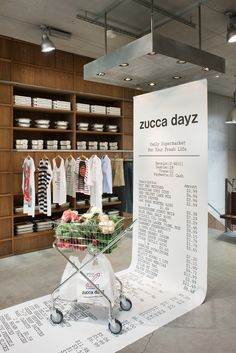 """zucca dayz - display"" so creative! Exhibition Booth Design, Exhibition Display, Exhibition Space, Exhibit Design, Exhibition Ideas, Web Banner Design, Web Design, Stand Design, Display Design"