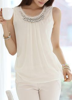 Style: Round neckSleeve Length: SleevelessPattern Type: SolidClothing Length: RegularMaterial: ChiffonShoulder (cm): S: M: L: XL: (cm): S: M: L: XL… White Chiffon, Chiffon Tops, Blouse Styles, Blouse Designs, Dressy Tops, Casual Chic, White Casual, Cute Casual Outfits, Ideias Fashion