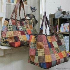 Handmade bags using patchwork techniqueLarge, colorful bags for the voices to carry propsimages attach c 0 121 607 Patchwork Bags, Quilted Bag, My Bags, Purses And Bags, Sac Vanessa Bruno, Japanese Bag, Boho Bags, Denim Bag, Purse Patterns