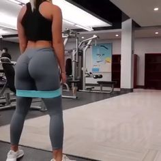 """Targeting the """"Under Butt"""" that nice lifted appearance is a combination of your glutes - Sport /Abnehmen - Fitness Fitness Workouts, Butt Workout, Fitness Goals, At Home Workouts, Fitness Tips, Fitness Men, Fitness Humor, Dumbbell Workout, Fitness Quotes"""