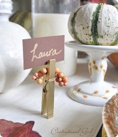 Brilliant harvest table decorating ideas http://www.centsationalgirl.com/2011/10/three-easy-fall-crafts-link-party/