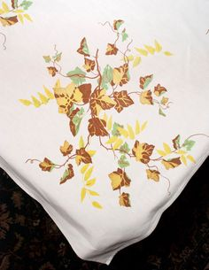 Vintage Wilendur Tablecloth Autumn Gold by LovelyLinensandMore