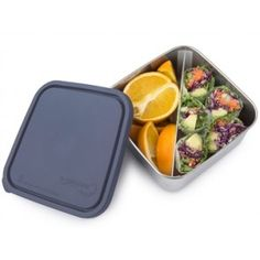 U Konserve stainless steel food container is BPA free, lead free, PVC free and phthalate free. Lunchbox includes moveable and removeable divider for bento style lunch. Stainless Steel Lunch Containers, Stainless Steel Lunch Box, Bento Box Traditional, Container Size, Salad Bar, Portion Control, Food Storage Containers, Food Grade, 3 D