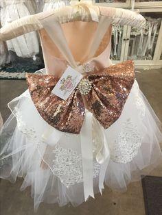 Girls Dresses, Flower Girl Dresses, Baby Frocks Designs, Frock Design, Wedding Dresses, Fashion, Dresses Of Girls, Bride Dresses, Moda