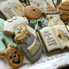 What cute and creative cookies! Great for any literary party or kids party cookies, creative cookies, cookie decorating, cookie ideas Fancy Cookies, Vintage Cookies, Iced Cookies, Cute Cookies, Royal Icing Cookies, Sugar Cookies, Baby Shower Desserts, Baby Shower Cookies, Shower Baby
