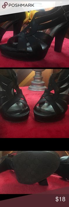 Candies 5 inch heels 👠. Like new! Size 9.5 Awesome pair of heels.  Pretty darned comfortable for 5 inch heels! Size 9.5.  Like new condition 🌸 Candies Shoes Heels