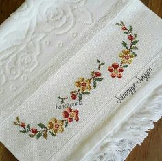 Home Decor ideas &Home Garden & Diy Cross Stitch Boarders, Cross Stitch Flowers, Cross Stitch Patterns, Embroidery Patterns, Hand Embroidery, Beaded Cross Stitch, Bargello, Needlepoint, Diy And Crafts