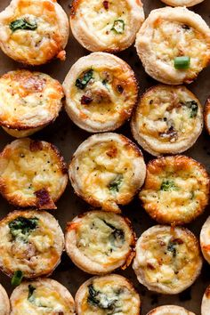 asier and quicker than the full size version, my mini quiche uses a buttery flaky pie crust and a simple ingredient egg filling! Quiche Muffins, Quiche Cups, Mini Muffins, Mini Egg Quiche, Savory Muffins, Pancakes, Mini Quiche Recipes, Pie Crust Recipes, Mini Quiche Crust Recipe