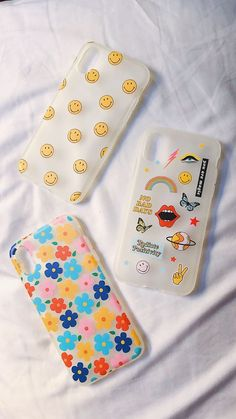 A good case is a wise investment for your iPhone. Even the least expensive iPhone is pricey, and the right case will offer protection against scratches, dings, and cracks—and allow you to personalize your phone—without adding much extra bulk or changing how you use your phone. Buy now the best iPhone cases for your phone📱. Buy at the lowest Price. Diy Iphone Case, Iphone Phone Cases, Iphone Case Covers, Iphone Charger, Cellphone Case, Girly Phone Cases, Pretty Iphone Cases, Diy Sharpie