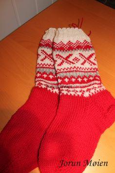 Sokker, mønster fra Drops.